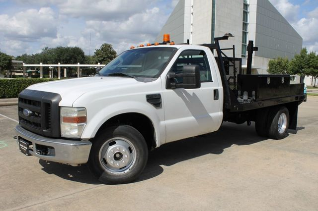 2008 Ford Super Duty F-350 DRW Cab-Chassis