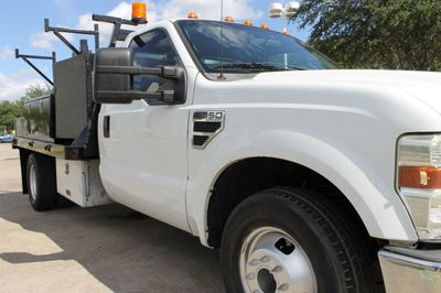 2008 Ford Super Duty F-350 DRW Cab-Chassis  - Click to see full-size photo viewer