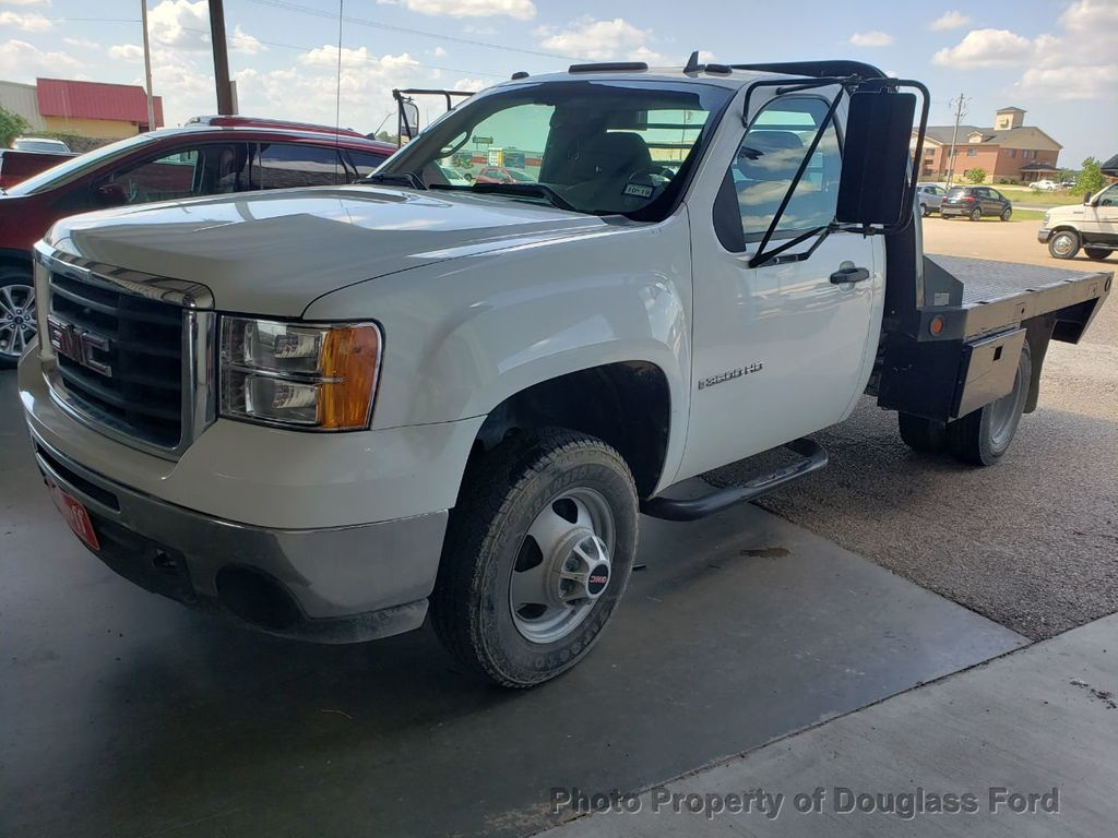 2008 GMC Sierra 3500HD Cab-Chassis  - 19143025 - 0