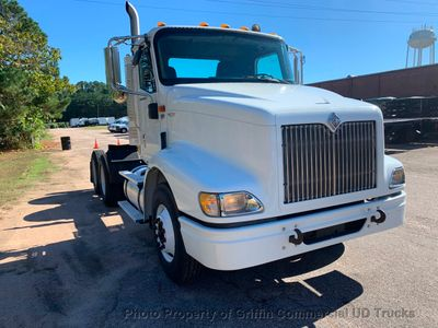 2008 International 9200 DAYCAB TRACTOR JUST 15k MILES. ULTRASHIFT!! AUTOMATIC WITH WET LINES!! BIG HP CUMMINS! - Click to see full-size photo viewer