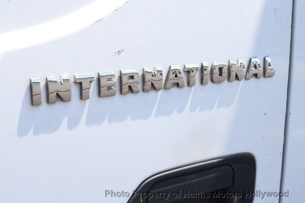 2008 International CF Series  - 18679749 - 8