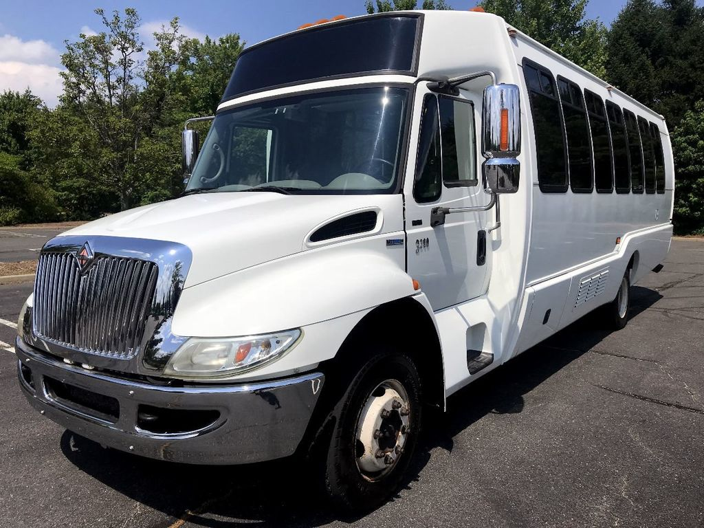 2008 International Krystal Koach 3200 w/ Rear Luggage For Senior Tour Charters Student Church Hotel Transport - 17837425 - 0