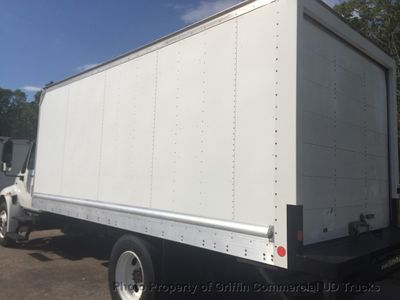 2008 International NON CDL BOX TRUCK LIFT GATE JUST 28k MILES ONE OWNER NC TRUCK!! DT466 3000 ALLISON - Click to see full-size photo viewer
