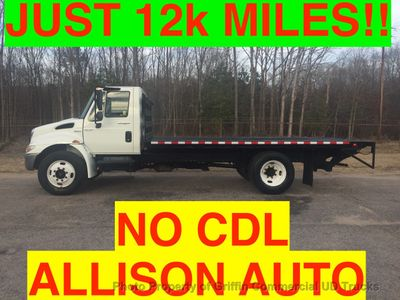 2008 International NON CDL FLATBED LIFT GATE JUST 12k MILES ONE OWNER! PLEASE READ ENTIRE DESCRIPTION!