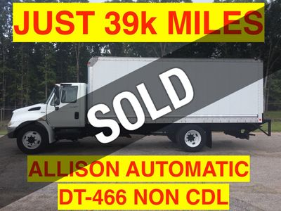 2008 International NON CDL JUST 39k MILES BOX TRUCK DT466 ONE OWNER LIFT GATE BIG ALLISON AUTO