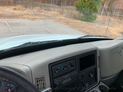 2008 International NON CDL STAKE JUST 24k MILES ONE OWNER LIFT GATE! ALLISON AUTO STEEL DECK - Click to see full-size photo viewer