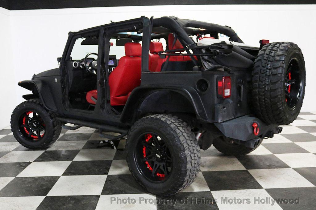 2008 Jeep Wrangler 4WD 4dr Unlimited Sahara - 18172182 - 5