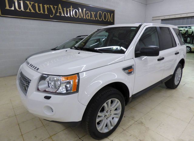 2008 Land Rover LR2 AWD 4dr SE - Click to see full-size photo viewer