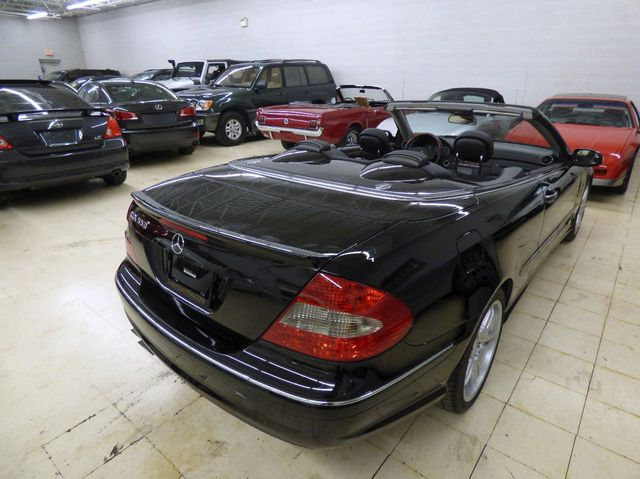 2008 Mercedes-Benz CLK CLK550 2dr Cabriolet 5.5L - Click to see full-size photo viewer