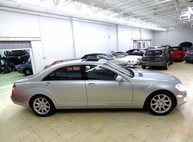 2008 Mercedes-Benz S-Class S550 4dr Sedan 5.5L V8 4MATIC - Click to see full-size photo viewer