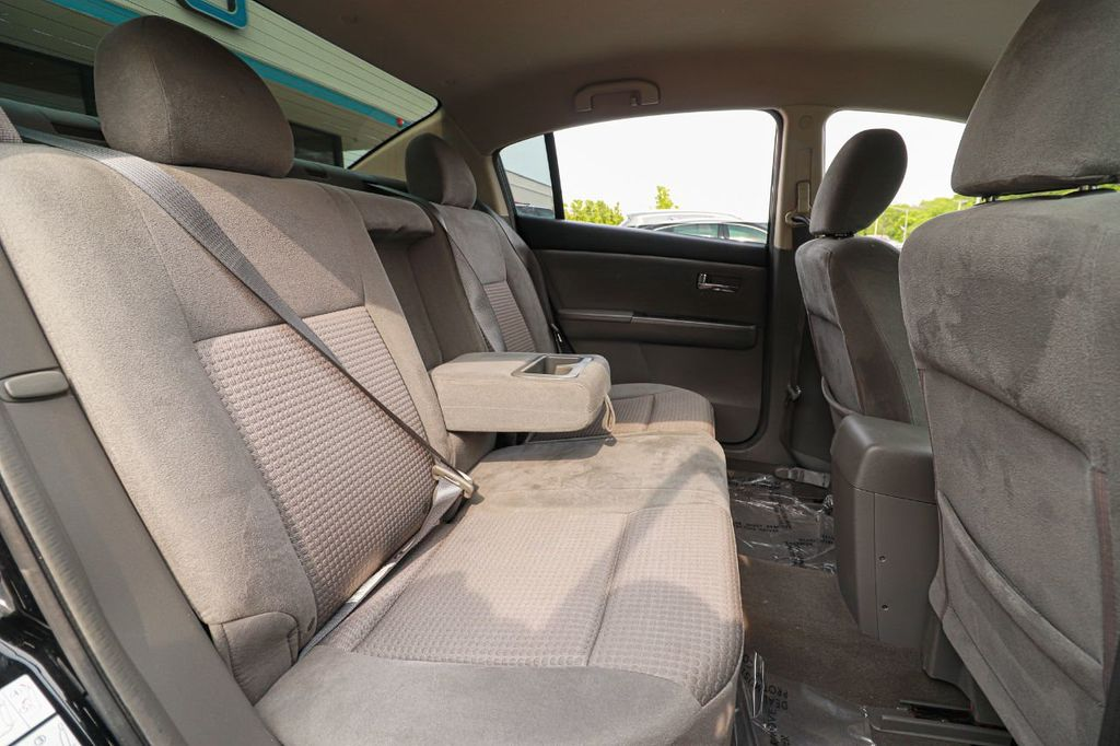 2008 Nissan Sentra 4dr Sedan I4 Manual 2.0 S - 18501244 - 14