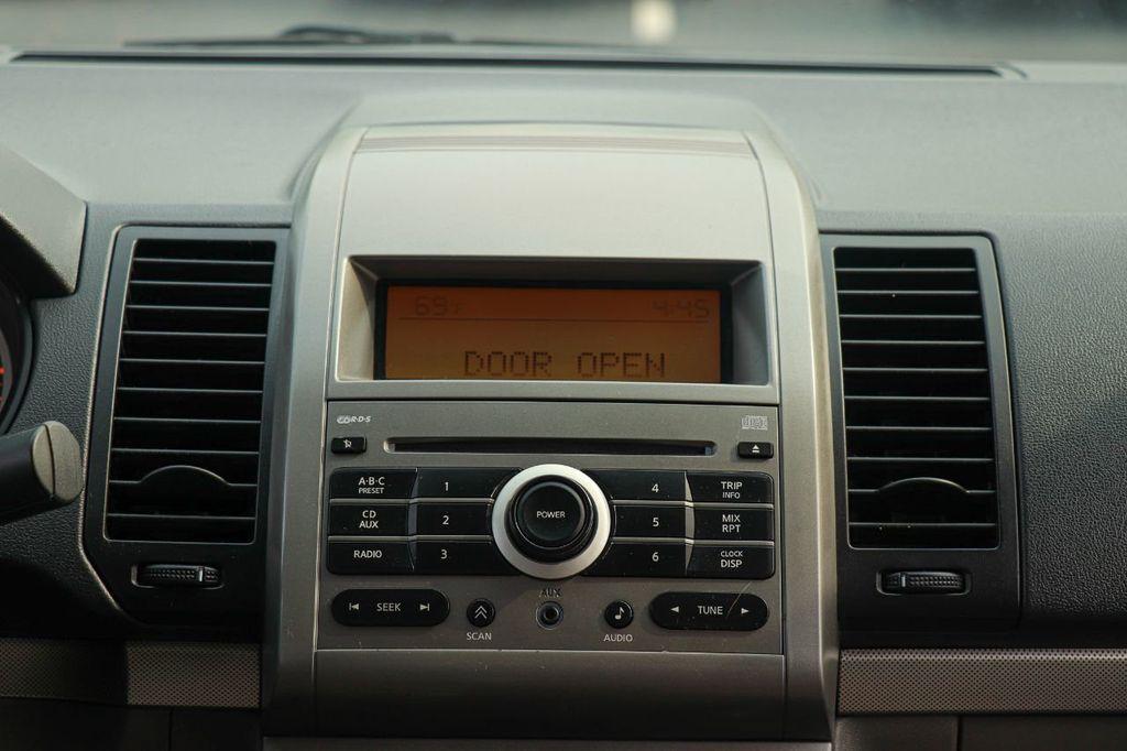 2008 Nissan Sentra 4dr Sedan I4 Manual 2.0 S - 18501244 - 22