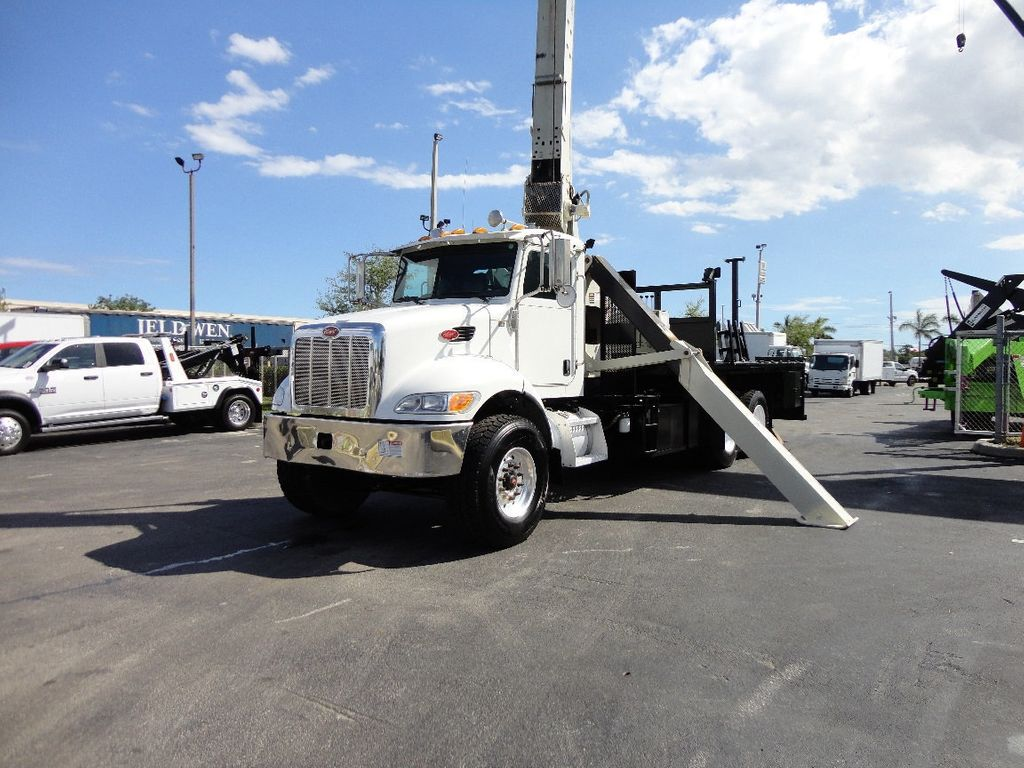 2008 Peterbilt 340 60FT MAX BOOM WITH 40K LIFT. NATIONAL 649E2 CRANE TRUCK - 17608999 - 1