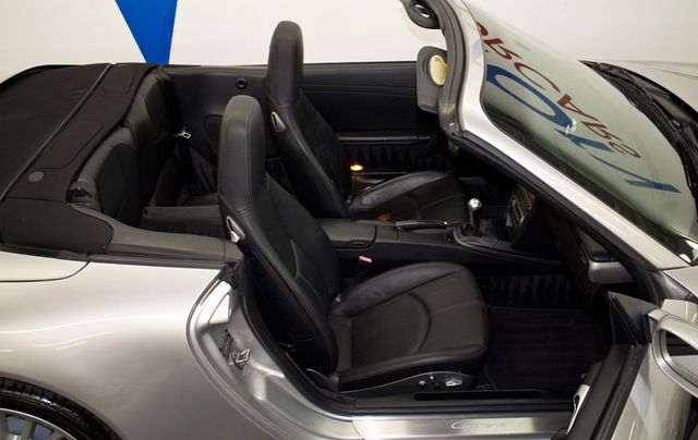 2008 Porsche 911 997 - Click to see full-size photo viewer
