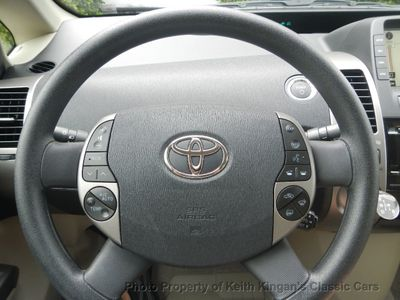 2008 Toyota Prius V w/NAVIGATION & CAMERA - Click to see full-size photo viewer