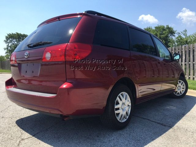 2008 Toyota Sienna LE 7-PASSENGER 3.5L V6 Privacy Glass CD Player   - 14746854 - 11