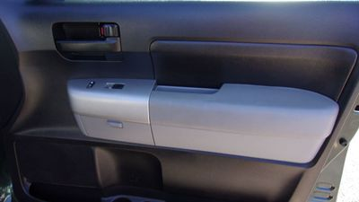 2008 Toyota Tundra Dbl LB 5.7L V8 6-Spd AT SR5 (Natl) - Click to see full-size photo viewer