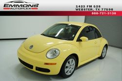 2008 Volkswagen New Beetle Coupe - 3VWPW31C28M502599