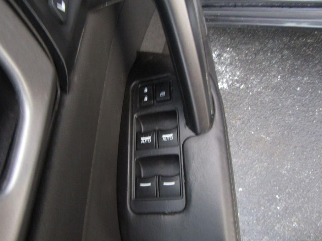 2009 Acura TL 4dr Sedan 2WD - 15666963 - 31