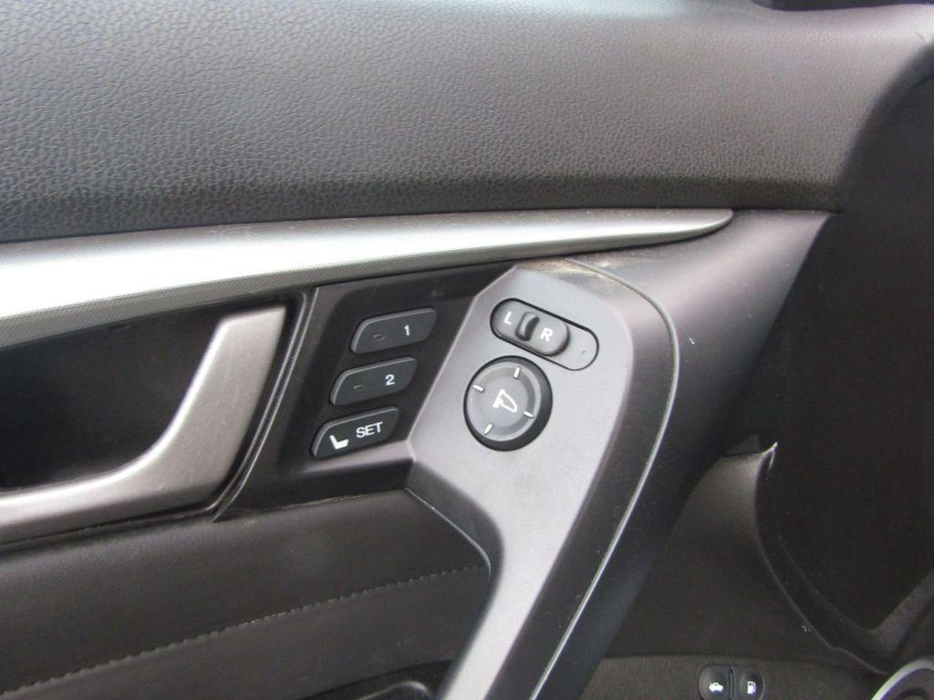 2009 Acura TL 4dr Sedan 2WD - 15666963 - 32