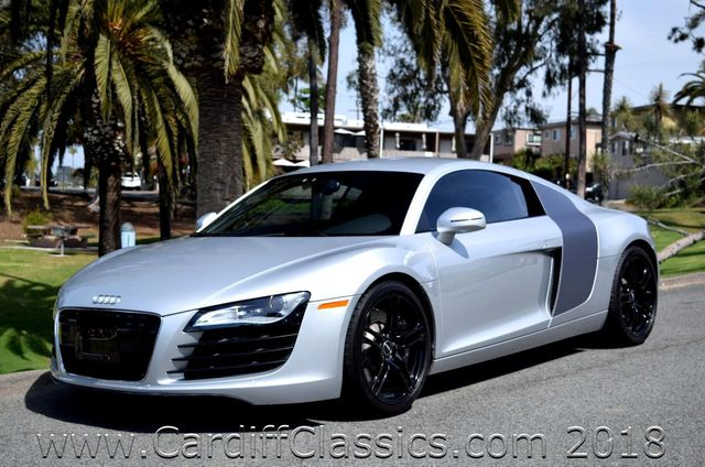 2009 Audi R8 2dr Coupe 4.2L Manual quattro - Click to see full-size photo viewer