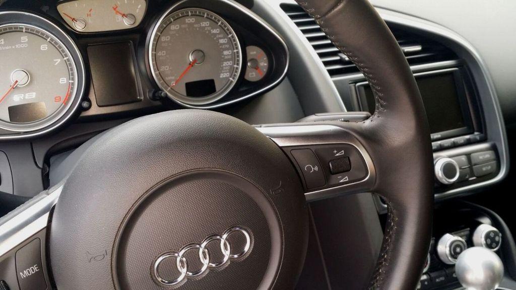 2009 Audi R8 QUATTRO R8 QUATTRO 6 SPEED - 16852031 - 17