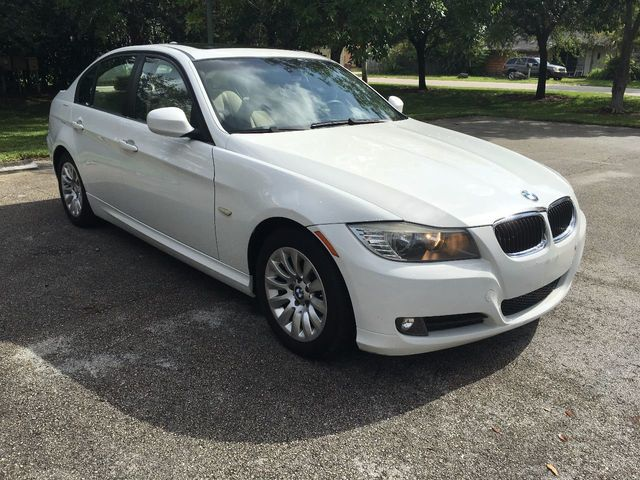 2009 BMW 3 Series 328i - Click to see full-size photo viewer