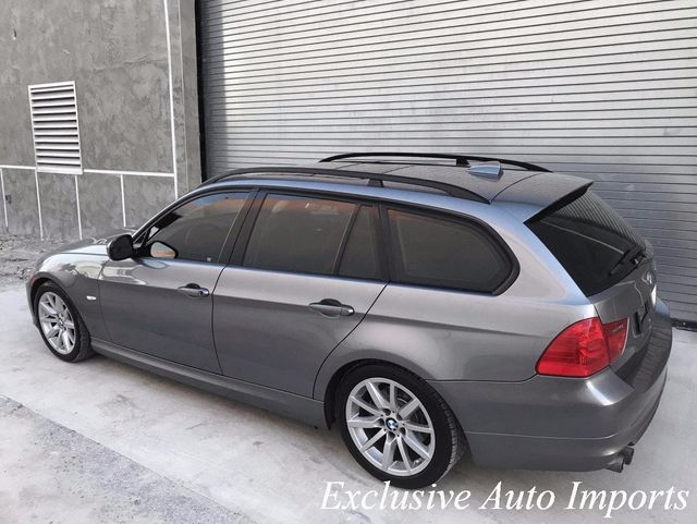 2009 BMW 3 Series 328iT E91 LCI TOURING SPORT WAGON 6-SPEED MANUAL LOADED - Click to see full-size photo viewer