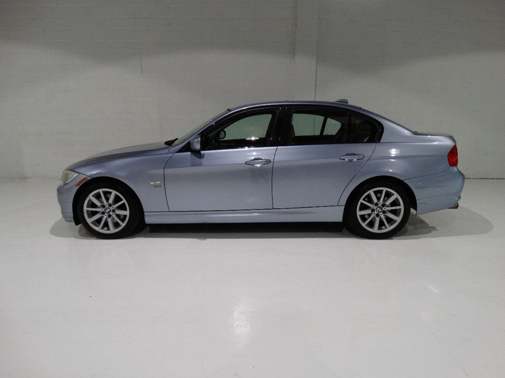 2009 BMW 3 Series 328i xDrive - 18596175 - 5
