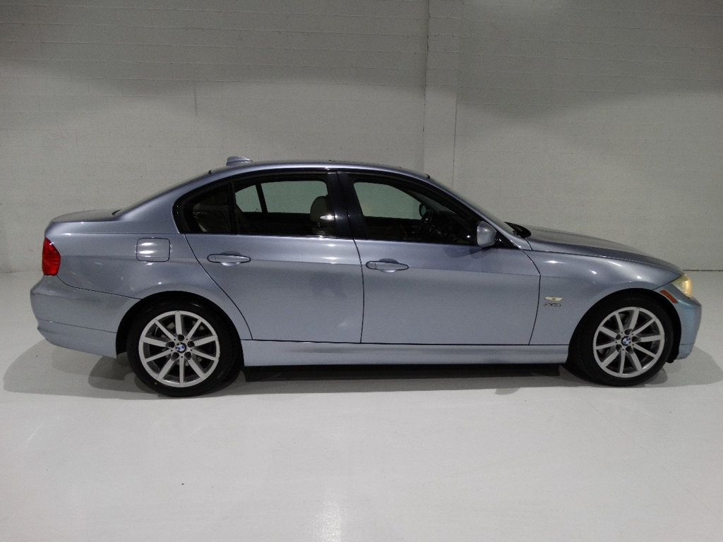 2009 BMW 3 Series 328i xDrive - 18596175 - 8