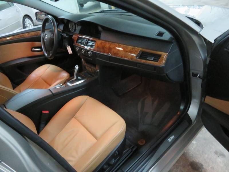 2009 BMW 5 Series 535i XDrive SPORT