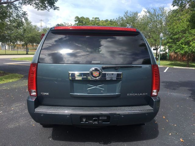 2009 Cadillac Escalade 2WD 4dr - Click to see full-size photo viewer