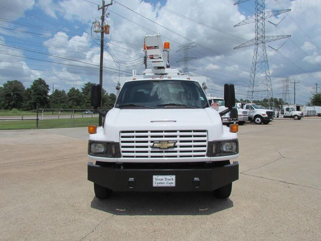 2009 used chevrolet c4500 bucket truck 4x2 at texas truck center Ford F650 Truck 2009 chevrolet c4500