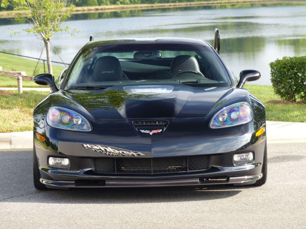 2009 Chevrolet Corvette 2dr Coupe ZR1 w/3ZR - 17910542 - 1