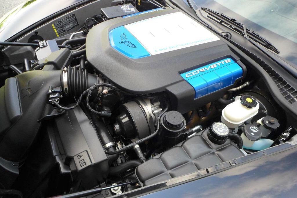 2009 Chevrolet Corvette 2dr Coupe ZR1 w/3ZR - 17910542 - 19