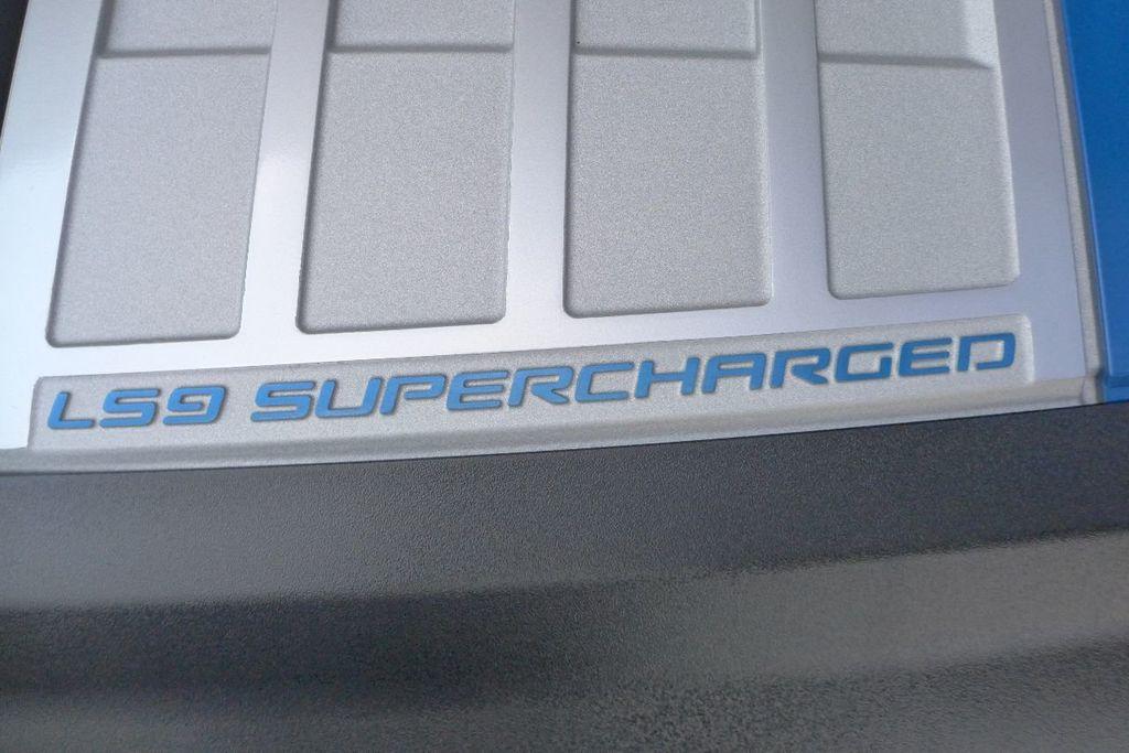 2009 Chevrolet Corvette 2dr Coupe ZR1 w/3ZR - 17910542 - 24