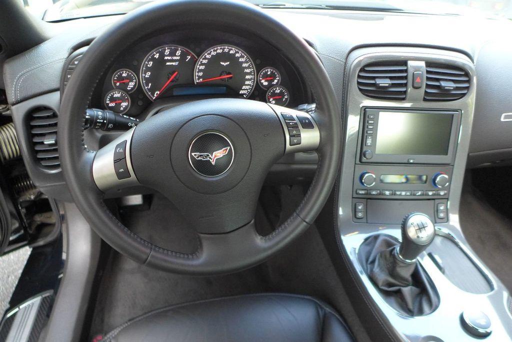 2009 Chevrolet Corvette 2dr Coupe ZR1 w/3ZR - 17910542 - 25