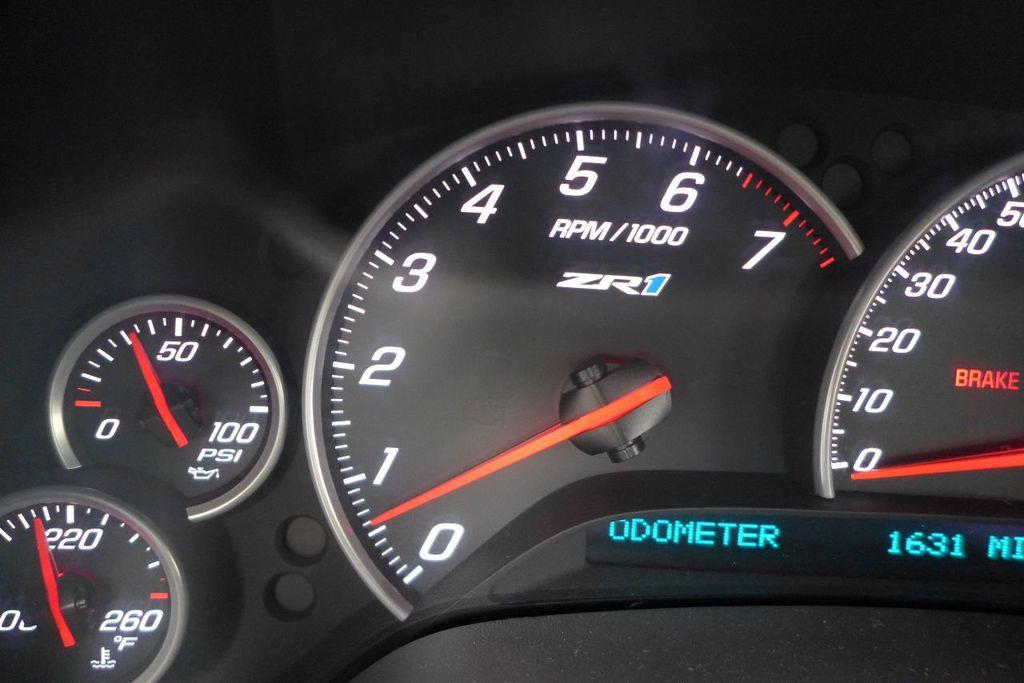 2009 Chevrolet Corvette 2dr Coupe ZR1 w/3ZR - 17910542 - 31