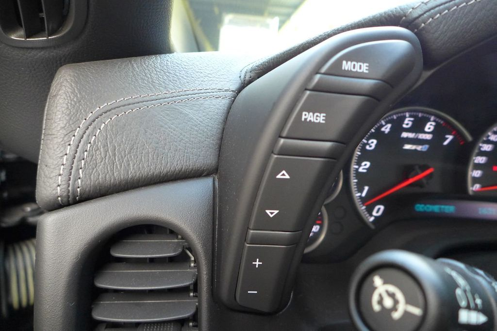2009 Chevrolet Corvette 2dr Coupe ZR1 w/3ZR - 17910542 - 35