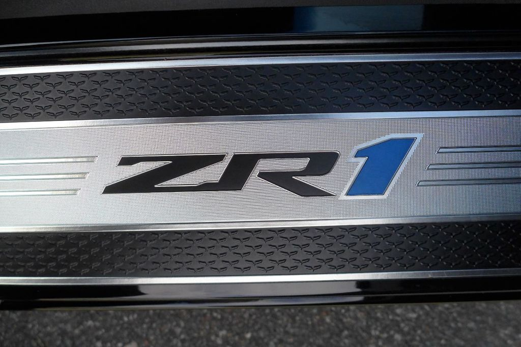 2009 Chevrolet Corvette 2dr Coupe ZR1 w/3ZR - 17910542 - 50