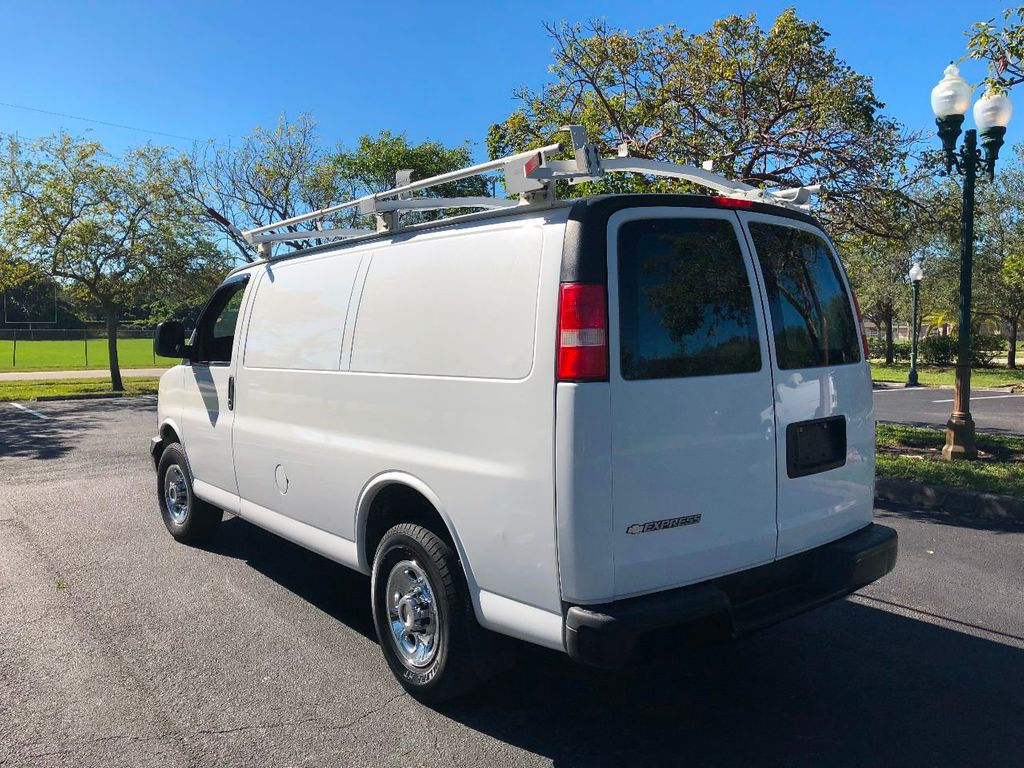 2009 CHEVROLET EXPRESS CARGO VAN  Not Specified - 1GCGG25CX91143313 - 3