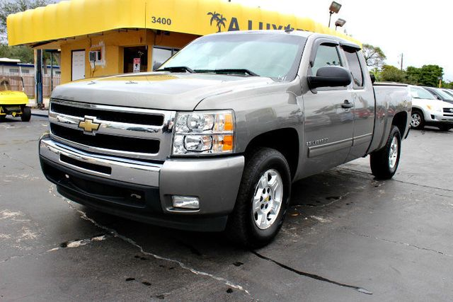 2009 Chevrolet Silverado 1500 2wd Ext Cab 143 5 Lt Click To See Full