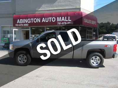 "2009 Chevrolet Silverado 1500 4WD Ext Cab 134.0"" LT *Ltd Avail* - Click to see full-size photo viewer"
