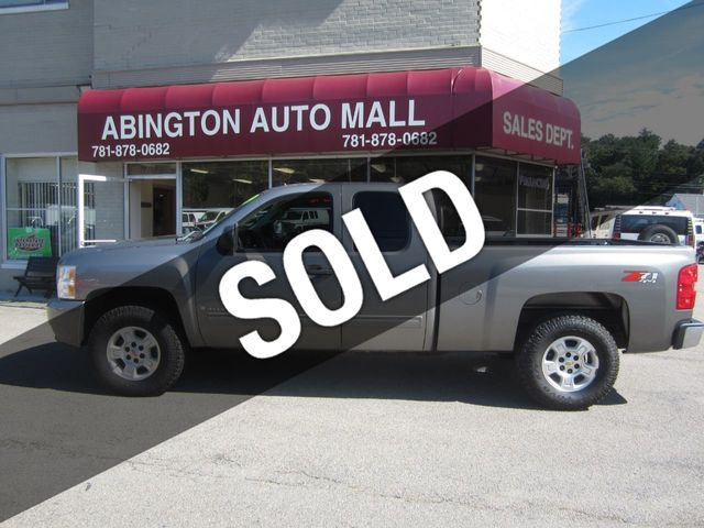 "2009 Chevrolet Silverado 1500 4WD Ext Cab 134.0"" LT *Ltd Avail*"