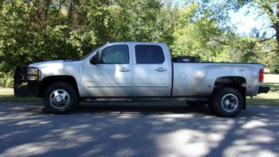 "2009 Chevrolet Silverado 3500HD 4WD Crew Cab 167"" DRW LTZ - Click to see full-size photo viewer"
