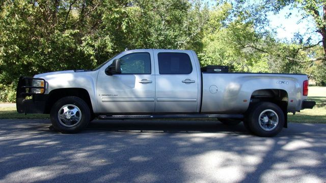 """2009 Chevrolet Silverado 3500HD 4WD Crew Cab 167"""" DRW LTZ"""