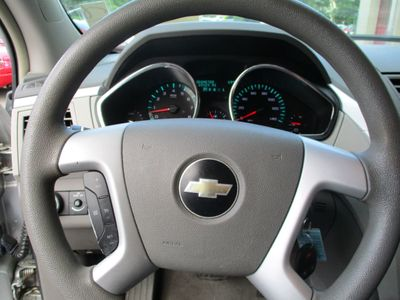 2009 Chevrolet Traverse  AWD 65K - Click to see full-size photo viewer