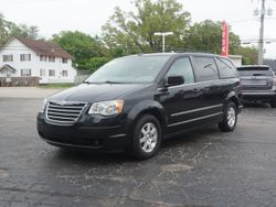 2009 Chrysler Town & Country - 2A8HR54X99R567431