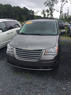 2009 Chrysler Town & Country - 2A8HR54X39R641863