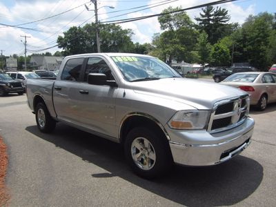 "2009 Dodge Ram 1500 4WD Quad Cab 140.5"" SLT - Click to see full-size photo viewer"